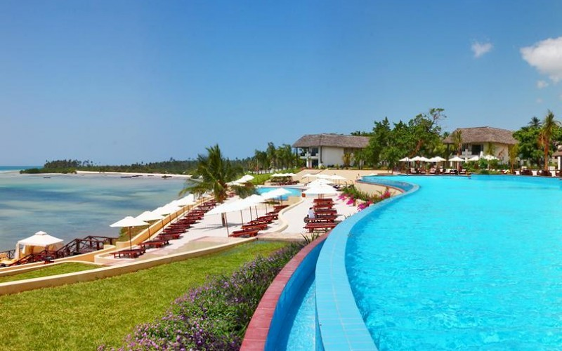 Seacliff Resort & Spa infinity pool