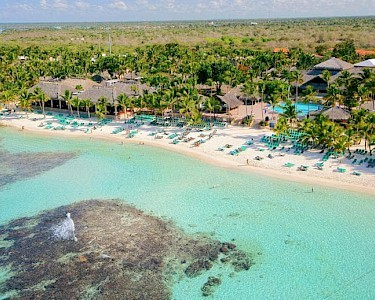 Viva Wyndham Dominicus Beach bovenaf