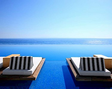 Cavo Olympo Luxury Hotel & Spa infinity pool