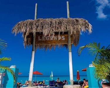 Legends Beach Resort bord bij het strand
