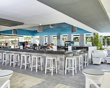RIU Tequila Mexico bar