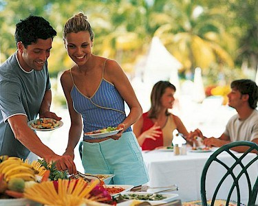 Grand Memories Varadero buffet