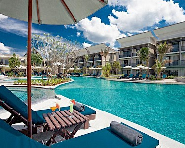 Bangsak Merlin Resort zwembad
