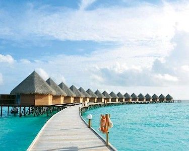 Thulhagiri Island Resort & Spa waterbungalows