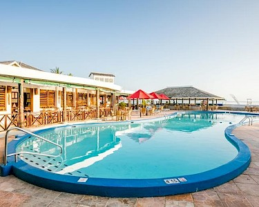 Royal Decameron Club Caribbean zwembad