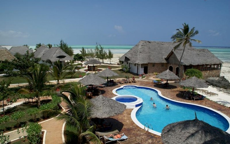 Reef & Beach Resort zwembad