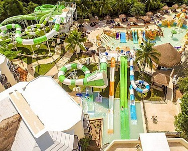 Sandos Caracol Eco Resort waterpark