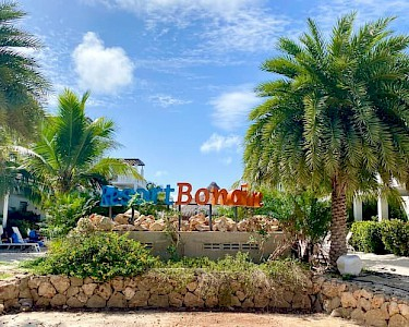 Resort Bonaire letters