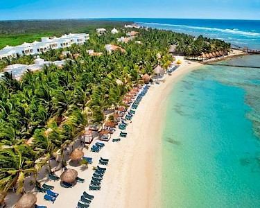 TUI BLUE El Dorado Seaside Suites & Spa strand
