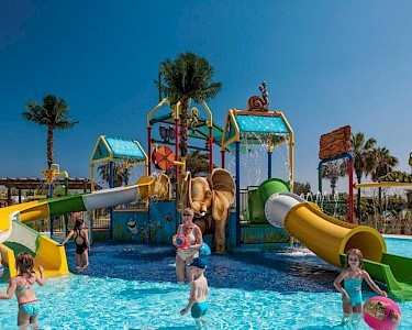TUI BLUE Side Family Resort kinderbad